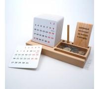 Настольный деревянный органайзер