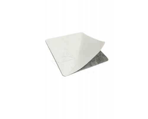 Магнитная наклейка с клеем 4 х 4 см